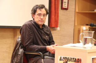 "Xavier Diez: ""as catalans we don't know how to relate to power, we just don't respect it"""