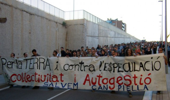 575_1350460287protesta_can_piella