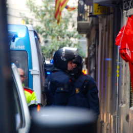 Desallotgen amb violència el nou Casal Popular de Gràcia