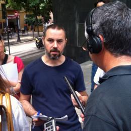 Eloi Badia, de la plataforma Aigua és Vida, ha presentado el informe ante la sede del Síndc de Greuges.