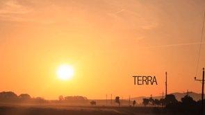 6 d'agost. Presentem «Terra» a Camallera, amb Sílvia Tomàs, Enric Duran i No a la MAT