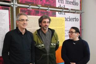 Jaume Reuis, Dídac S. Costa i Ale Fernández durant el lliurament del premi.