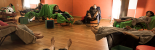 12 de maig. Presentació d'«Acupuntura Comunitària Barcelona»